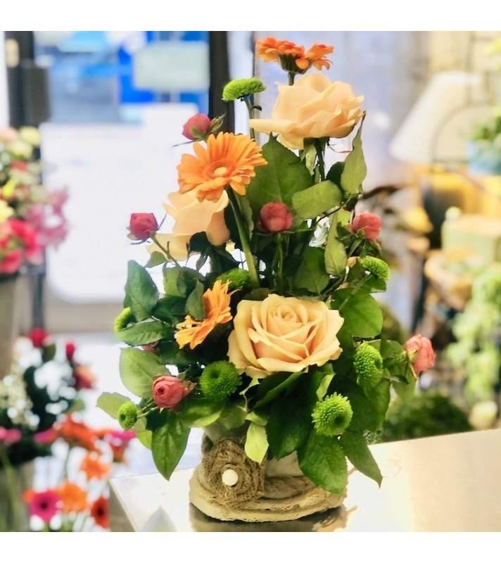 """Composition Florale Orange avec roses gros boutons """"Fruité""""; Anyfleurs.fr"""