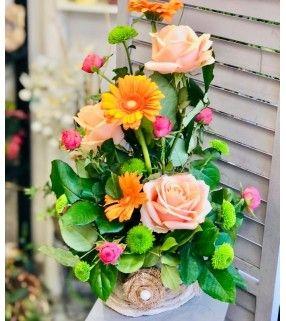 """Composition Florale Orange avec roses gros boutons """"Fruité"""". Anyfleurs.fr"""