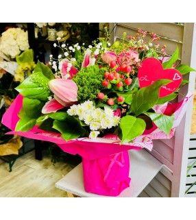 """Bouquet Fête des Mamans Spécial 30 Mai teintes roses """"Maman Chérie"""". Anyfleurs.fr"""